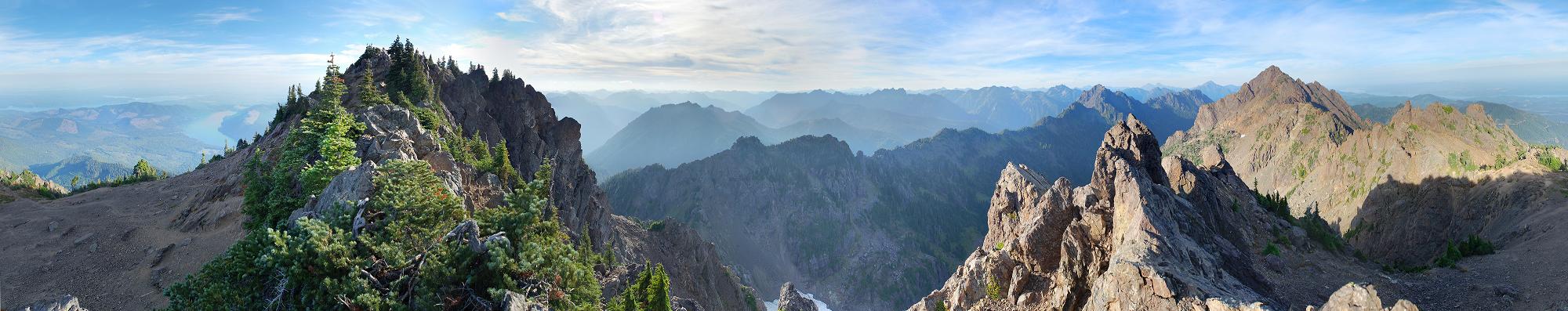 Mount_Ellinor,_Mount_Washington_Panorama2